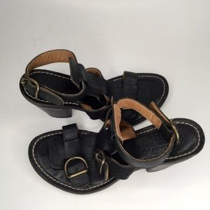 Florentine and Baker chunky leather women sandals.
